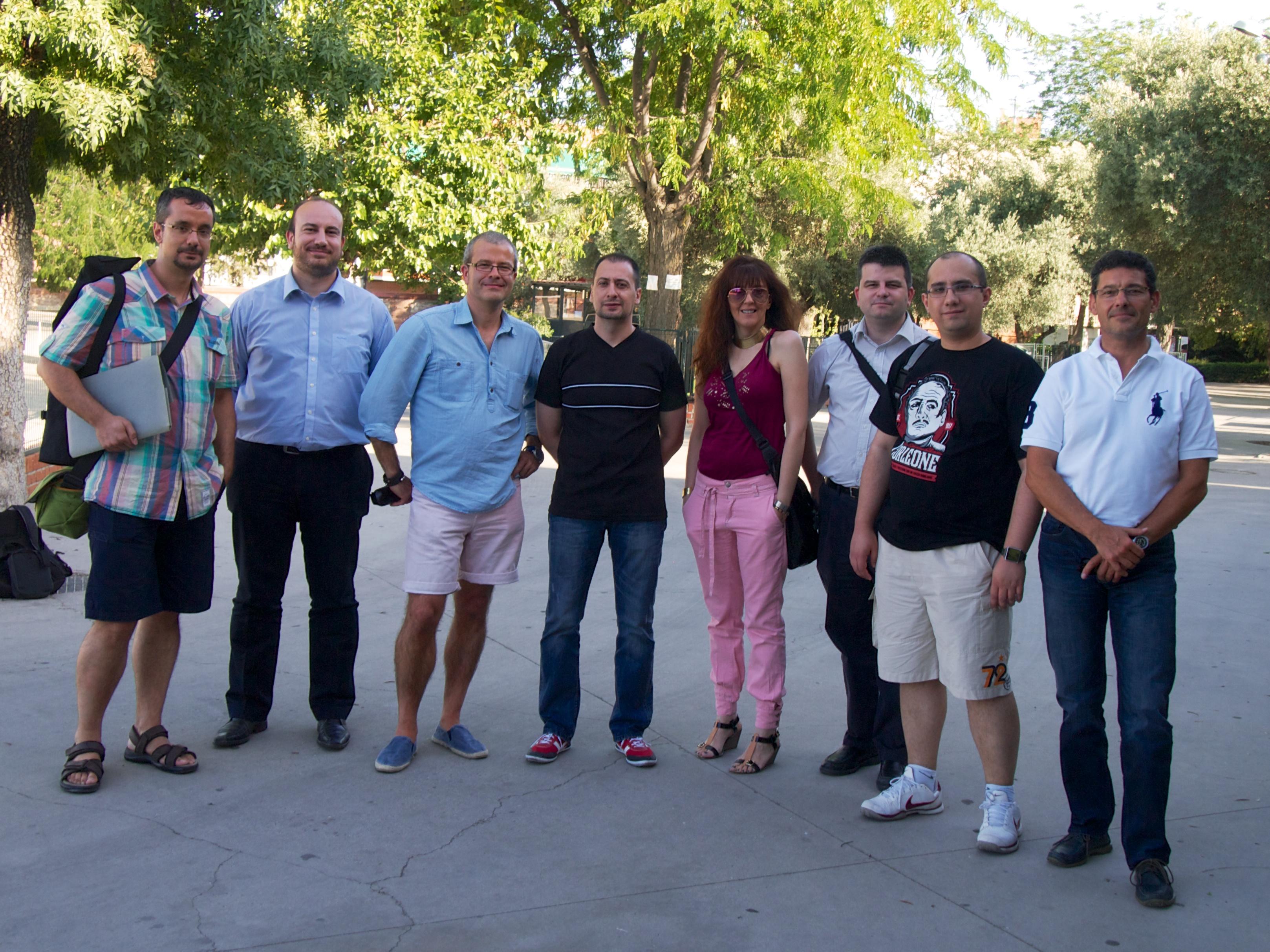 Foto de los miembros de la primera Junta Directiva del Gumcam